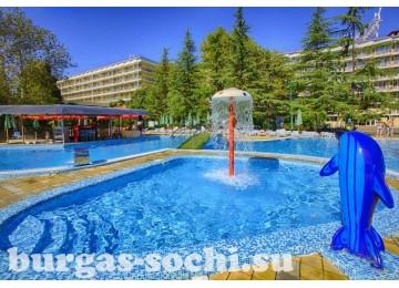 Пансионат «Бургас», открытый подогреваемый бассейн