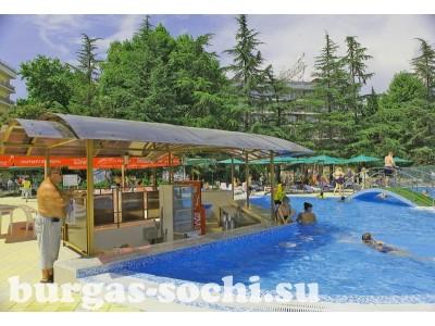 Пансионат «Бургас», бассейн