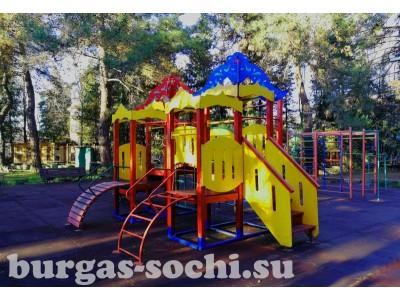 Пансионат «Бургас», территория, детская площадка